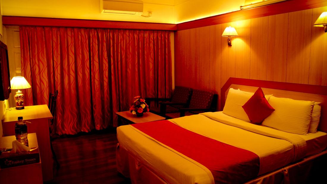 Rooms Hotel Yasodha Towers 19