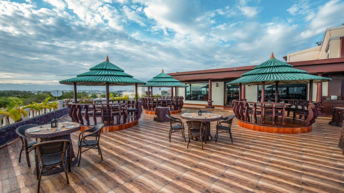 kayal0026, Avinashi Road Hotels, Coimbatore Hotels, Banquet Halls in Coimbatore