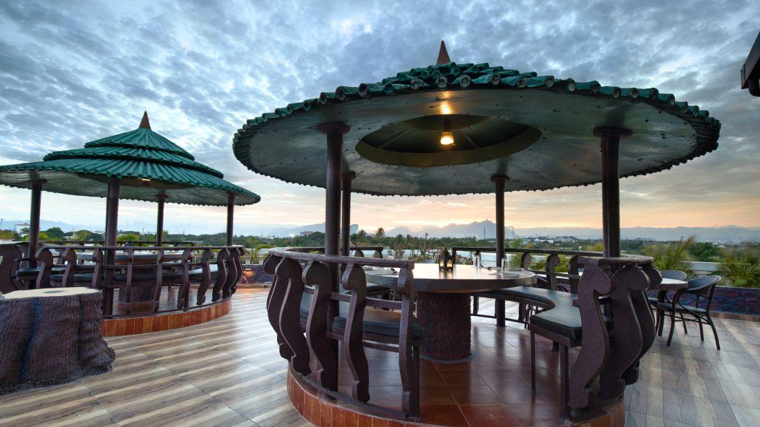 kayal0043, Avinashi Road Hotels, Coimbatore Hotels, Banquet Halls in Coimbatore