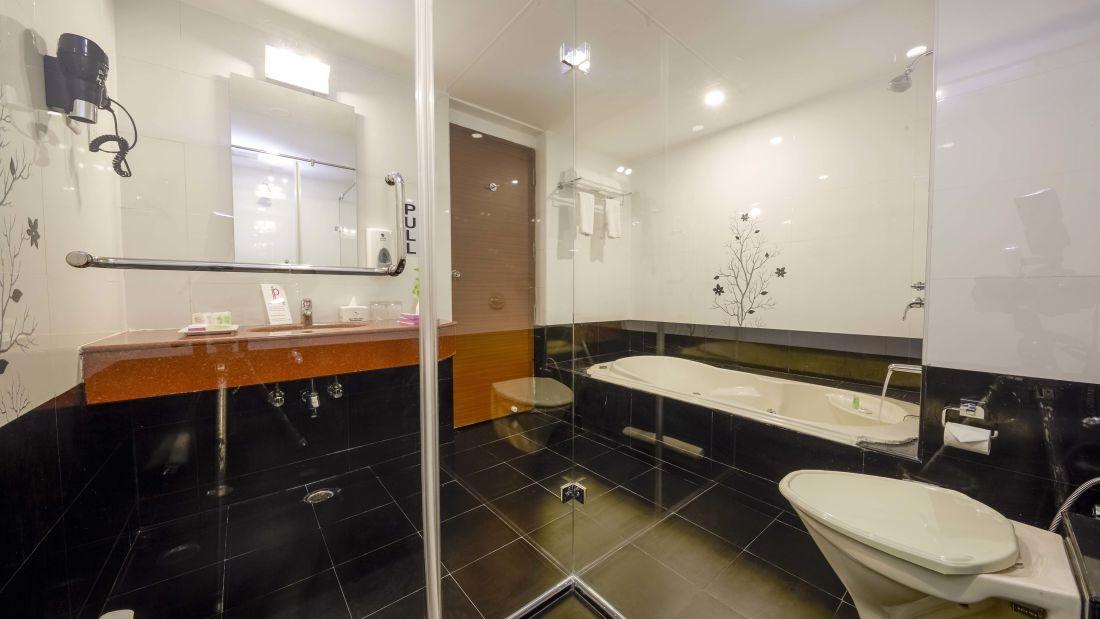 JP Hotel in Chennai JP Suit Bath Room