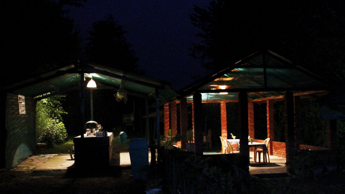Let s Camp Junga Dining 1