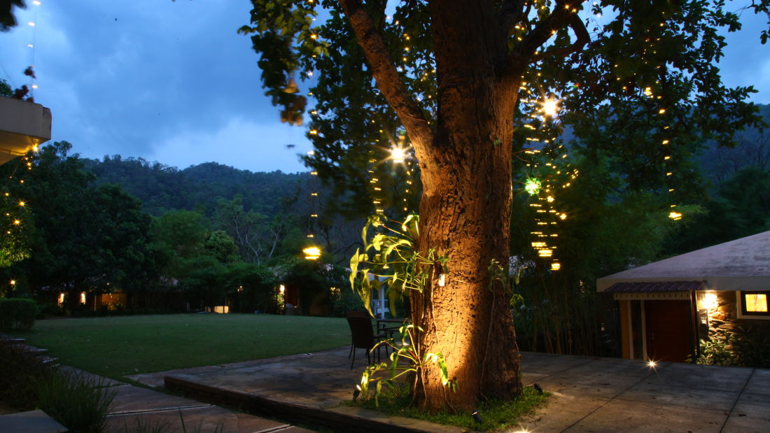 Courtyard of Lulung Aranya Nivas