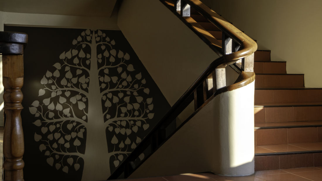 painting in the stairs