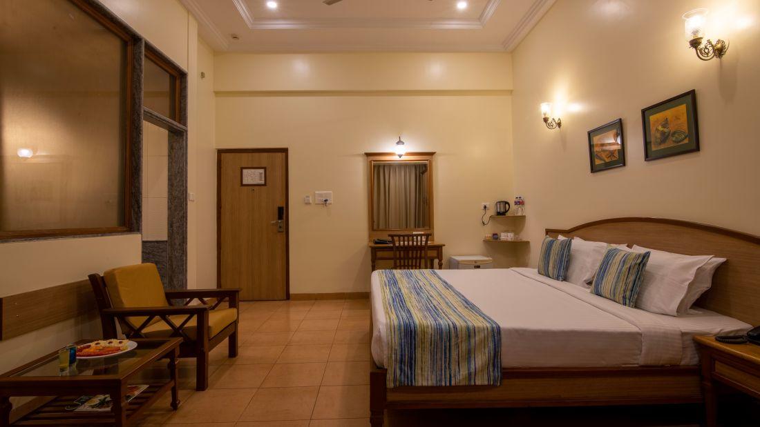 Best Rooms at Calangute Beach, North Goa, Best Rooms in Calangute North Goa, Suites in North Goa, CalangutePalm room 6
