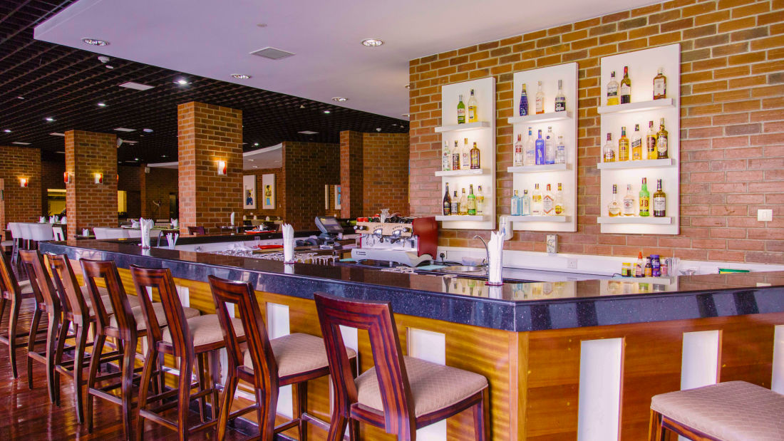 Tembo Bistro Bar in Nairobi 2