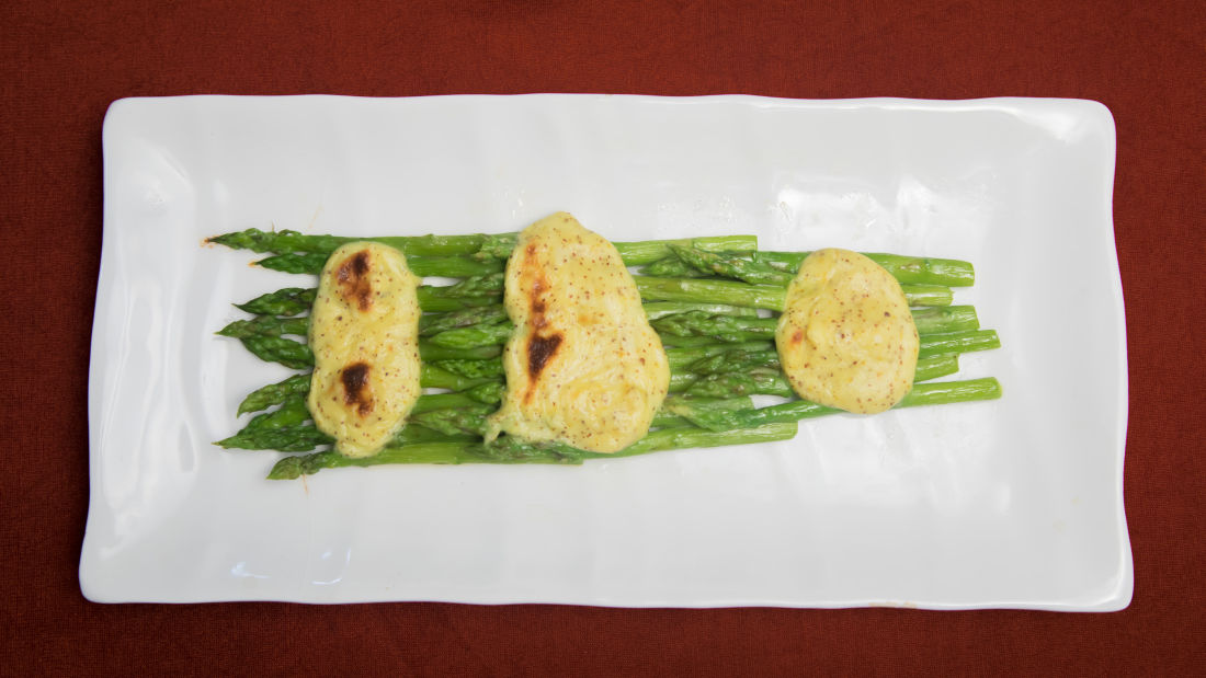 Lucknow cuisine, The Piccadily, dining in Lucknow 2