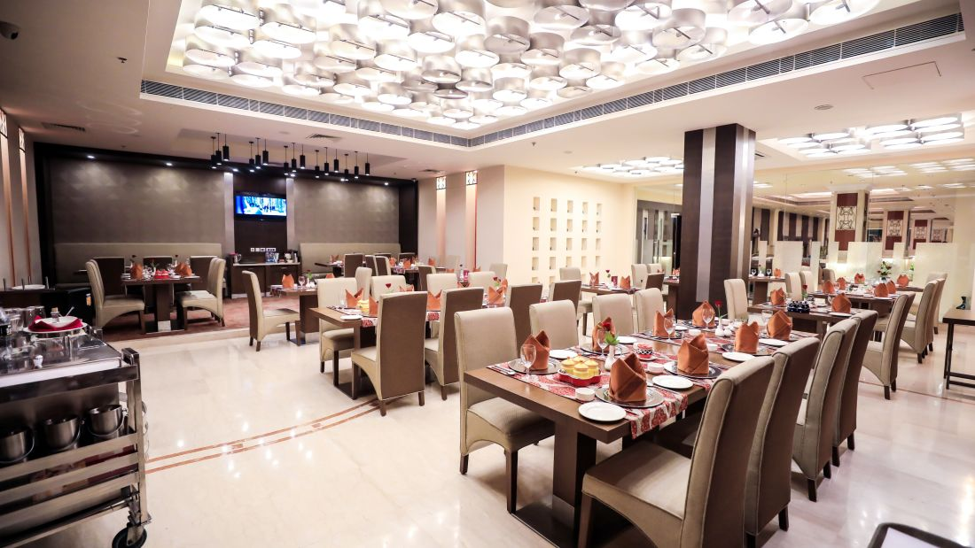 Restaurant in Lucknow, Punjab Restaurant at The Piccadily, Dining in Lucknow 11