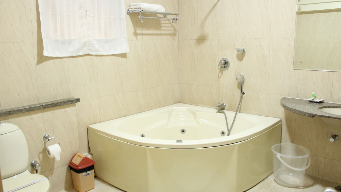 Luxury Suite Trinity Suites Ulsoor Bangalore 2
