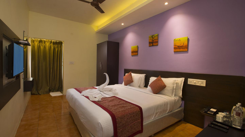 Suite at TGI Star Holiday Resort Yercaud 4