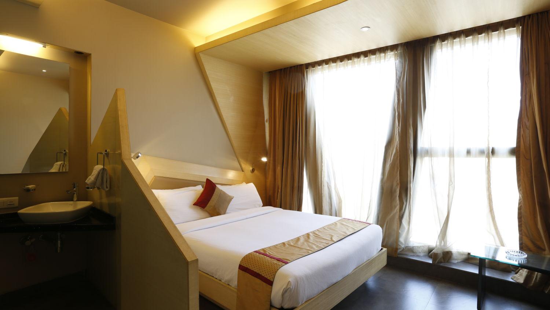 Super Deluxe Rooms in Andheri East Hotels,  Hotel Dragonfly, Andheri East Hotel