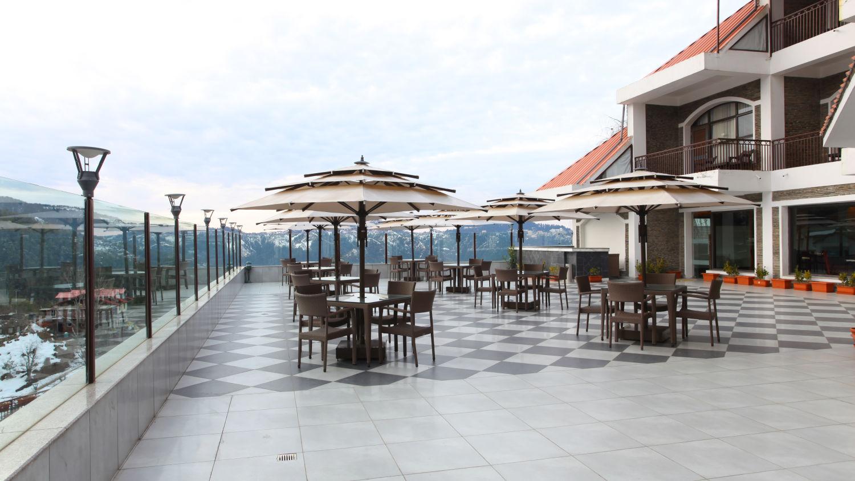 Restaurants in Mashobra Craignano Marigold Sarovar Portico Shimla, hotel in Shimla 2
