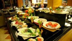 Periyar restaurantat The Gokulam Park Kochi 8