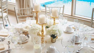 elegant-table-setting-2306278