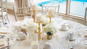 elegant-table-setting-2306278 2