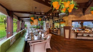 Restaurant- Aloha on the Ganges Rishikesh 3