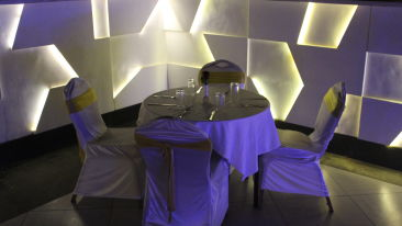 Rooftop Restaurant in Andheri East at Hotel Dragonfly, Hotels in Andheri East