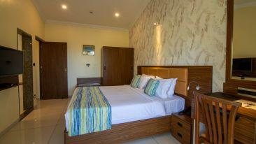 Best resorts in goa  Resort in Calangute  North Goa  suites in Goa  Calangute Beach  hotel rooms in North GoaQuality Inn OCean Palms-28