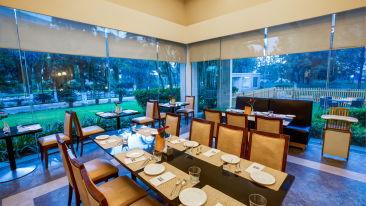 Dining at Radha Hometel Bangalore, best hotels in bangalore 4