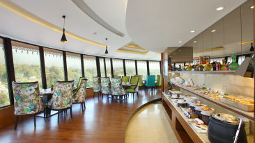 Cloud 7 at RS Sarovar Portico, Palampur  Resorts 2