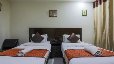 Room at The Hermitage Hotel (By Cosy Hotels), New Delhi 31