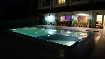 Swimming pool VITS Hotel Bhubaneshwar