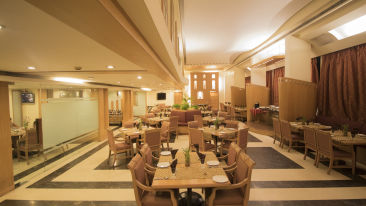 VITS Luxury Business Hotel, Aurangabad Aurangabad Coffee Shop Hotel VITS Aurangabad 2