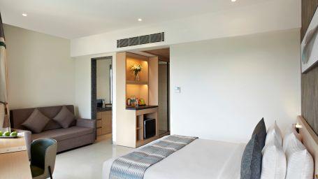 Click Bangalore Room 15385