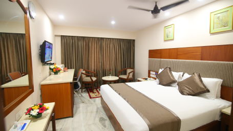 Business Club at Hotel Daspalla Executive Court Vishakapatnam 2