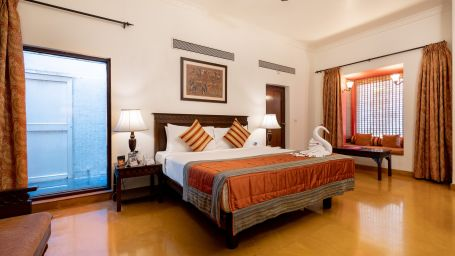 Pune Rainshower rooms, Stay in Pune, Fort Jadhavgadh, Pune
