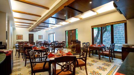 Pune Restaurants, Chhajja Restaurant in Pune, Fort Jadhavgadh, Pune