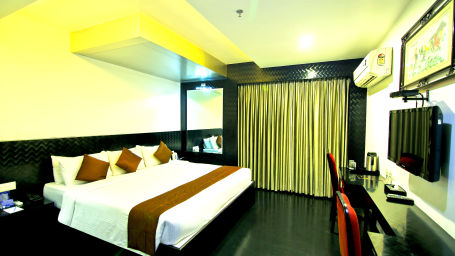 Suites in Chennai, Hotel Gokulam Park Chennai, Stay Near Ashok Road 2463