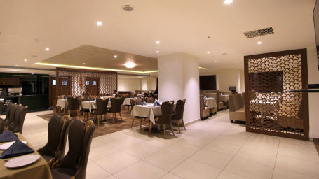 Hotel Hyderabad Grand Hyderabad Restaurant Hotel Hyderbad Grand Hyderabad 3