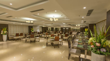 Hotel Pai Viceroy, Tirupati Tirupati Hotel Pai Viceroy Tirupathi Plaintain Leaf Restaurant 1