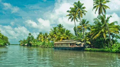 Hotel Vintage Inn, Kochi Kochi Alleppey Houseboats