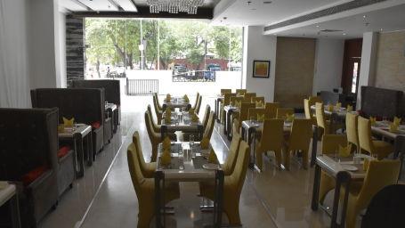Restaurants near Jaipur Airport, Jagrati Ananta Elite, Oasis 6