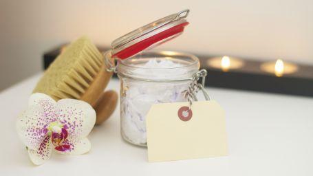 bath-blur-brush-275765