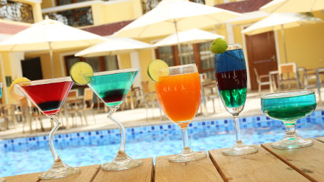 enjoy your beverages with ice and spice bar and restaurant.