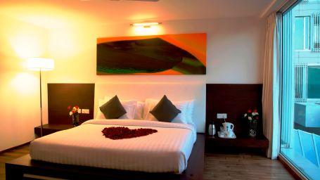 Springs Hotel & Spa, Bangalore Bengaluru Suite Room 3 Springs Hotel Spa