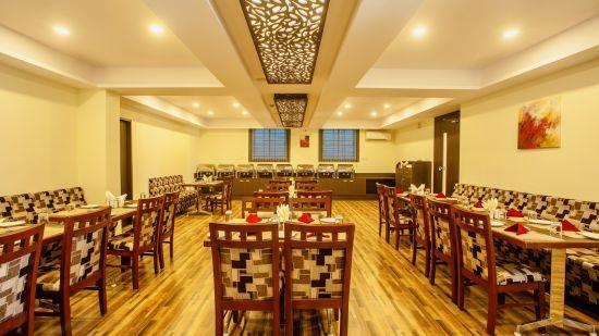 Bangalore Restaurant, Classio Inn Airport Hotel, Best Restaurant In Bangalore  4