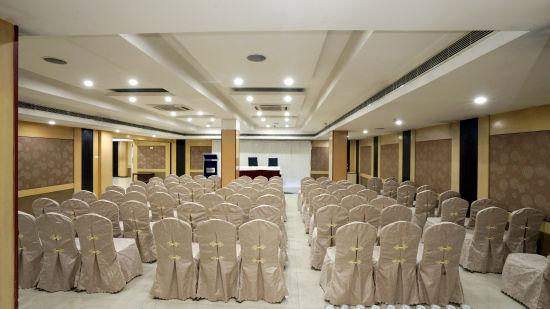 Banquet Halls at Hotel Geetha Regency in Guntur 8