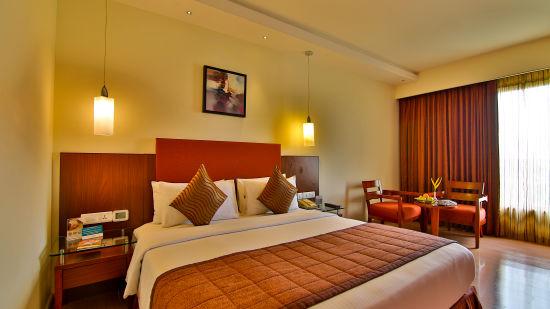 Executive Room at Gokulam Park Coimbatore 3