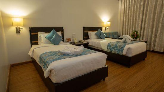 Deluxe Room Hotel Kanha Shyam Prayagraj