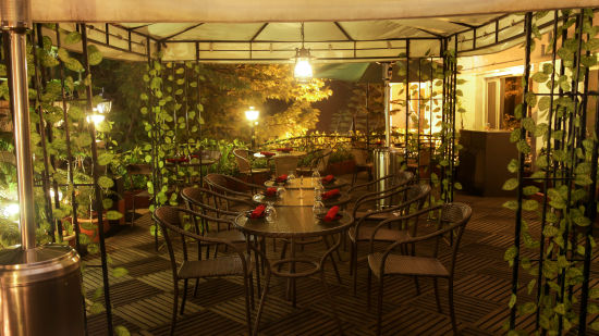 Restaurants in Shillong, Best places to eat in Shillong, Hotel Polo Towers, Shillong-8