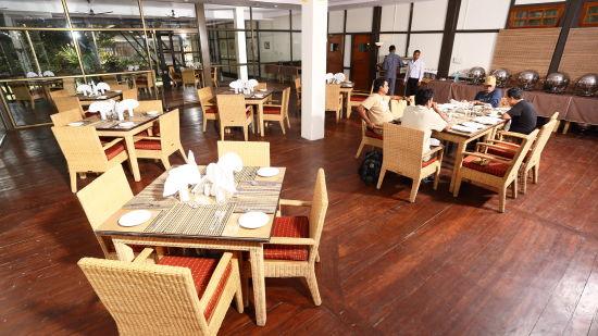 Restaurant at Infinity Resorts Kaziranga, Restaurant in Kaziranga 3