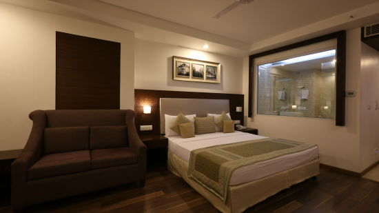 Executive Room at Le Roi Delhi Hotel Paharganj