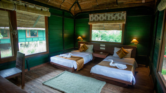 Stay near Panna Tiger Reserve, Luxury Huts, Tendu Leaf Jungle Resort