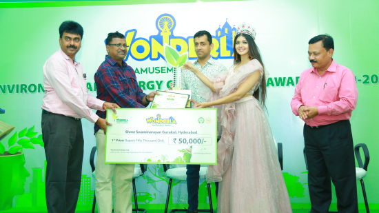 1st prize winner Shree Swaminarayan Gurukul Hyderabad was awarded a cash prize of Rs. 50 000-.
