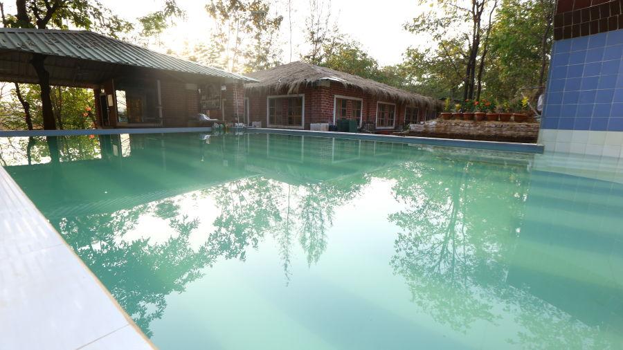 Swimming Pool - Dabhosa