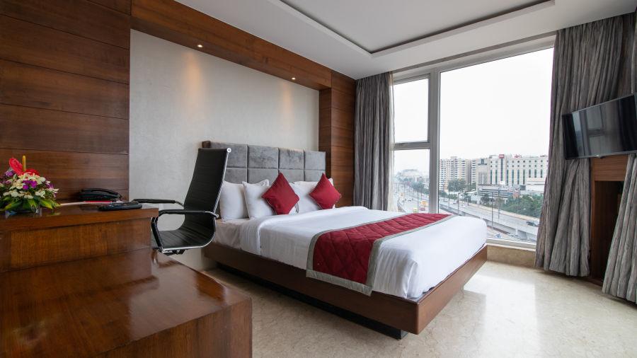 Studio --Queen Bed   Icon Premier, Devarabisanahalli