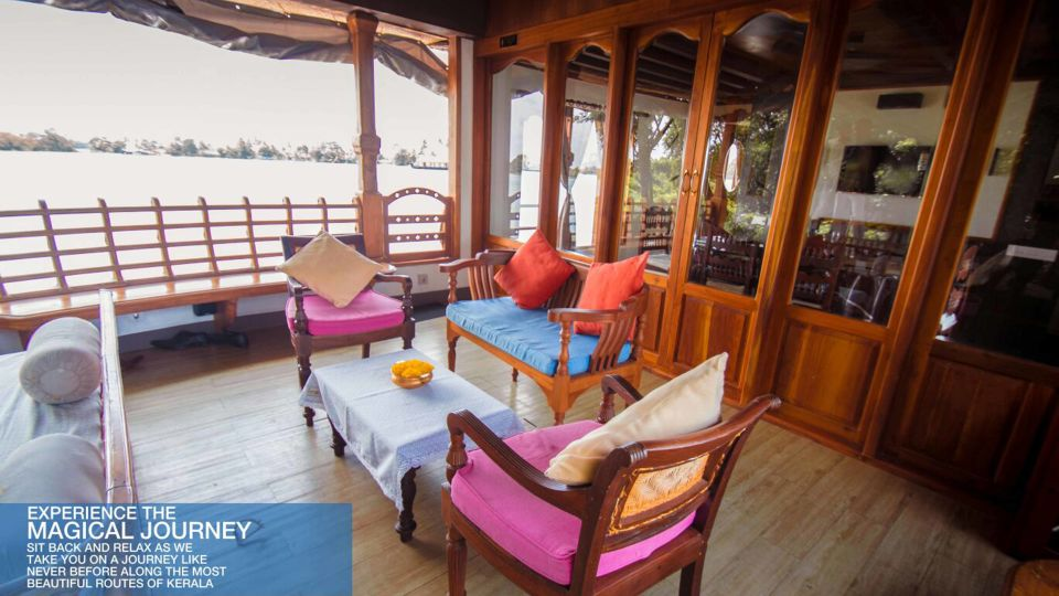 4 - Copy, Houseboats in Alleppey, luxury houseboats in Alleppey, premium houseboats in Alleppey, backwater cruise in Kerala, luxury houseboats in Kumarakom, houseboat cruise in Kumarakom, best houseboats in Kerala